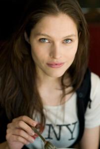 Lonneke Engel by Gigi Stoll