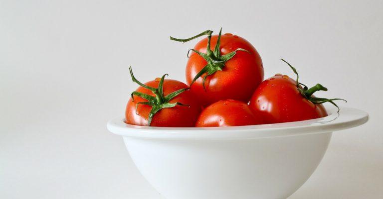 tomatoes-320860_1920